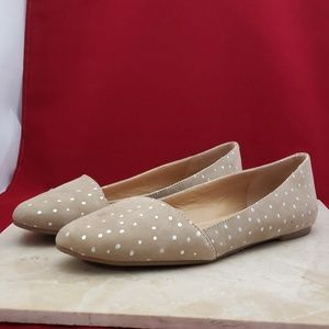 Lucky Brand Tan with Silver Spots Flats Size 6